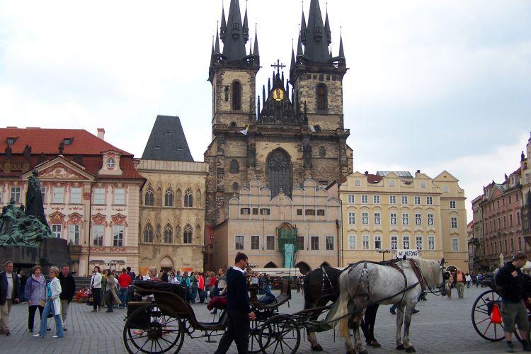 Transport mellem Prag og Liberec