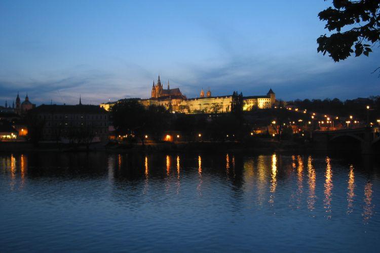 Transport mellem Prag og Telč